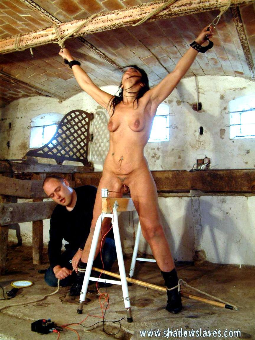 Пытки над вагиной 14 фотография