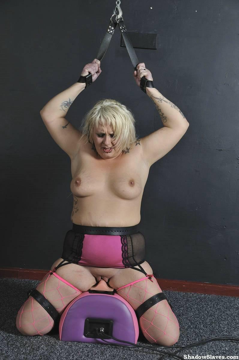 goth bondage girls – slave heat
